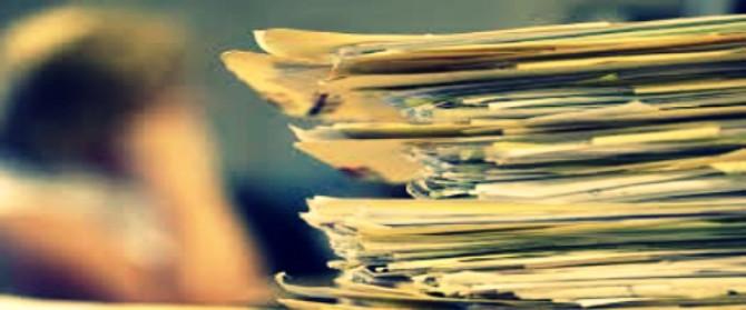 La burocrazia frena la ripresa – Editoriale di Massimo Blasoni