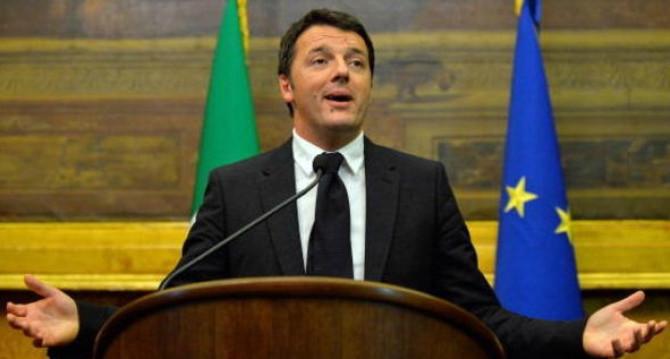 Renzi annuncia l'impossibile: attuare un decreto al giorno