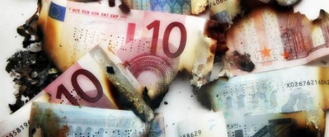 Lo Stato taglia gli investimenti ma aiuta i Sindaci a sperperare