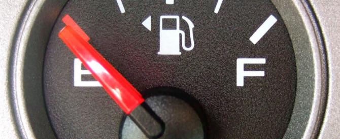 Record italiano nel prezzo dei carburanti
